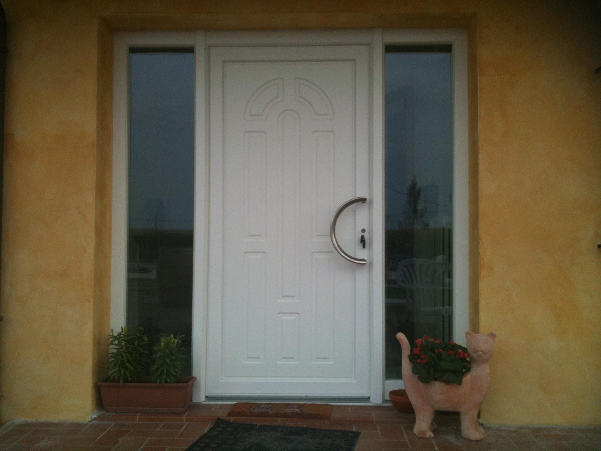Porte d ingresso finstral tecnofinestra - Maniglie porte ingresso ...