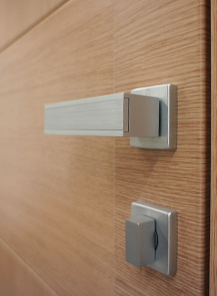 Maniglie per porte tecnofinestra - Maniglie moderne per porte interne ...